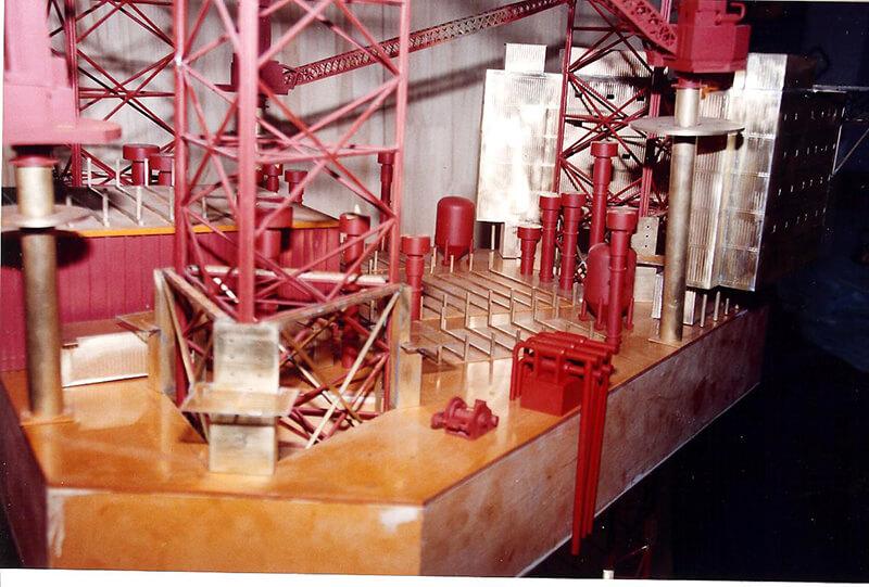 Construction of Santa Fe Oil Rig
